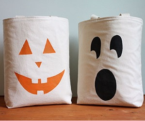 Houston Office Cleaning Service - Halloween Bag Craft
